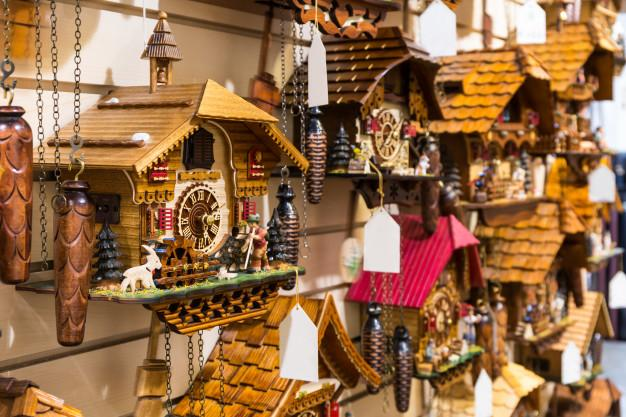 Best cuckoo clock - german souvenir