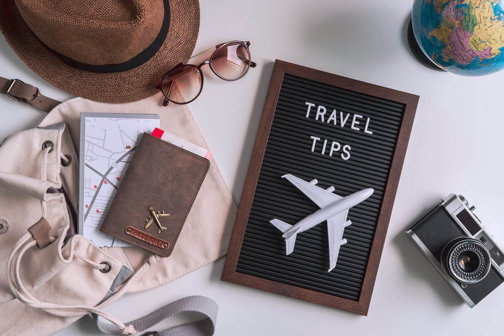 How to pack for a trip? 10 tips from travel experts