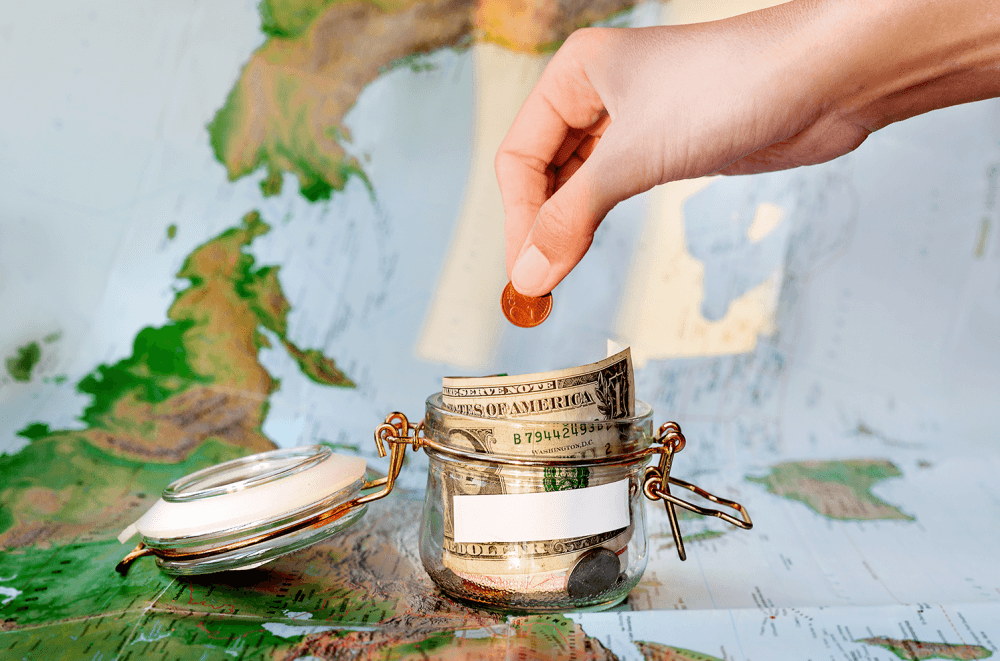 16 tips on how to travel cheaper