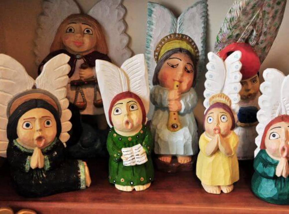 Aniołki z drewna